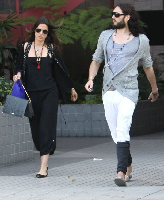 Russell Brand and Oriela Medellin Amieiro